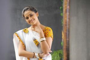 Actress Sri Divya in Mallela Teeramlo Sirimalle Puvvu Movie Stills