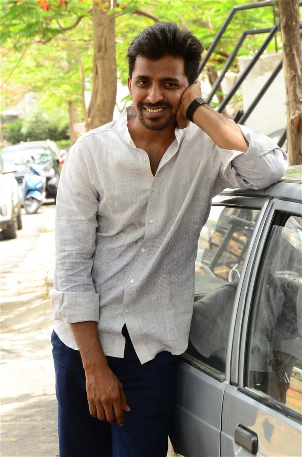 Mallesham Movie Hero Priyadarshi Pulikonda Interview Stills