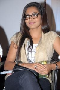 Parvathi Menon at Malli Vs Raviteja Audio Release Stills