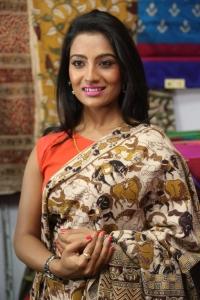 Mamatha Rahuth launches National Silk Expo 2015