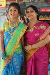 Nofia, Meera Krishnan @ Manam Konda Kadhal Movie Shooting Spot Stills