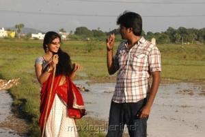 Manam Kothi Paravai Movie Stills