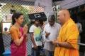 Chandra Sekhar Yeleti, Gauthami @ Manamantha Movie Working Stills