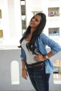Actress Maanasa Hot Photos in White Top & Blue Jeans