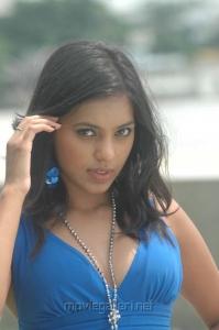 Actress Shammu Hot in Mango Telugu Movie Stills