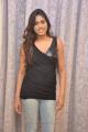 tamil_actress_manisha_yadav_hot_pics_stills_in_black_dress_0866