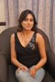 tamil_actress_manisha_yadav_hot_pics_stills_in_black_dress_3853