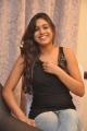 tamil_actress_manisha_yadav_hot_pics_stills_in_black_dress_4300