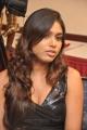 tamil_actress_manisha_yadav_hot_pics_stills_in_black_dress_5745