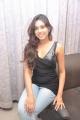tamil_actress_manisha_yadav_hot_pics_stills_in_black_dress_5851