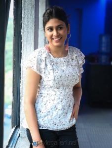 Oru Kuppai Kathai Actress Manisha Yadav New Pics