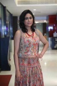 Actress Manisha Yadav Hot Photos @ Oru Kuppai Kadhai Audio Launch