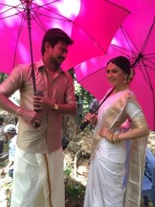 Udhayanidhi Stalin, Hansika Motwani @ Manithan Movie On Location Photos