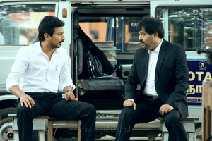 Udhayanidhi Stalin, Vivek in Manithan Movie Stills