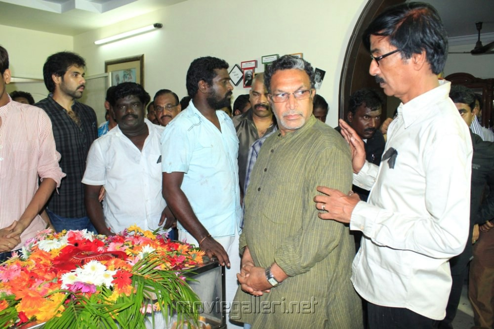 Actor Nassar at Manivannan Passed Away Stills [ Gallery View ] Nassar Actor Body