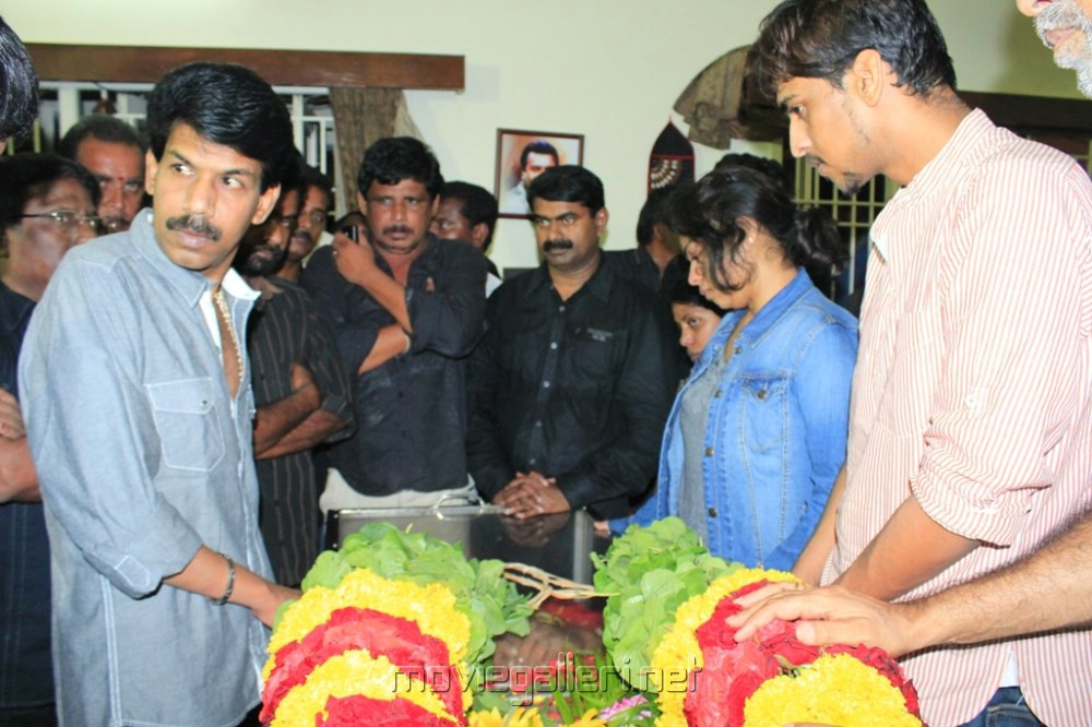 Picture 493124 | Actor Manivannan Passed Away Stills | New Movie ... Nassar Actor Body