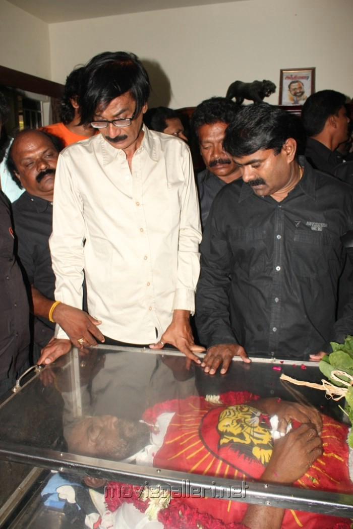 Picture 492703 | Manobala, Seeman at Manivannan Dead Stills | New ... Nassar Actor Body