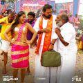 Yadhika, Anand, Vivek Prasanna in Maniyar Kudumbam Movie Stills HD
