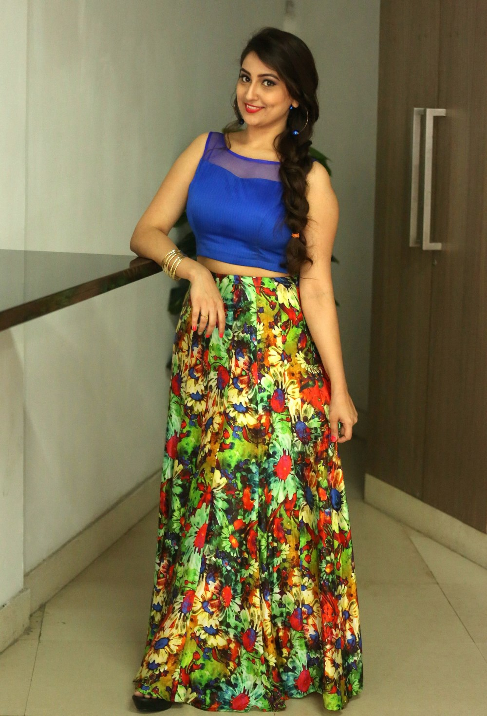 Telugu TV Anchor Manjusha Pictures