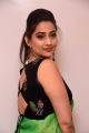 Anchor Manjusha Photos @ Evvarikee Cheppoddu Movie Pre Release