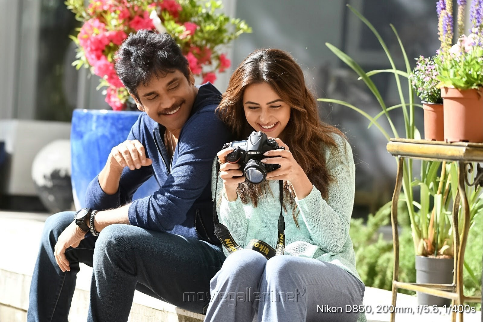 Nagarjuna, Rakul Preet Singh in Manmadhudu 2 Movie Stills HD