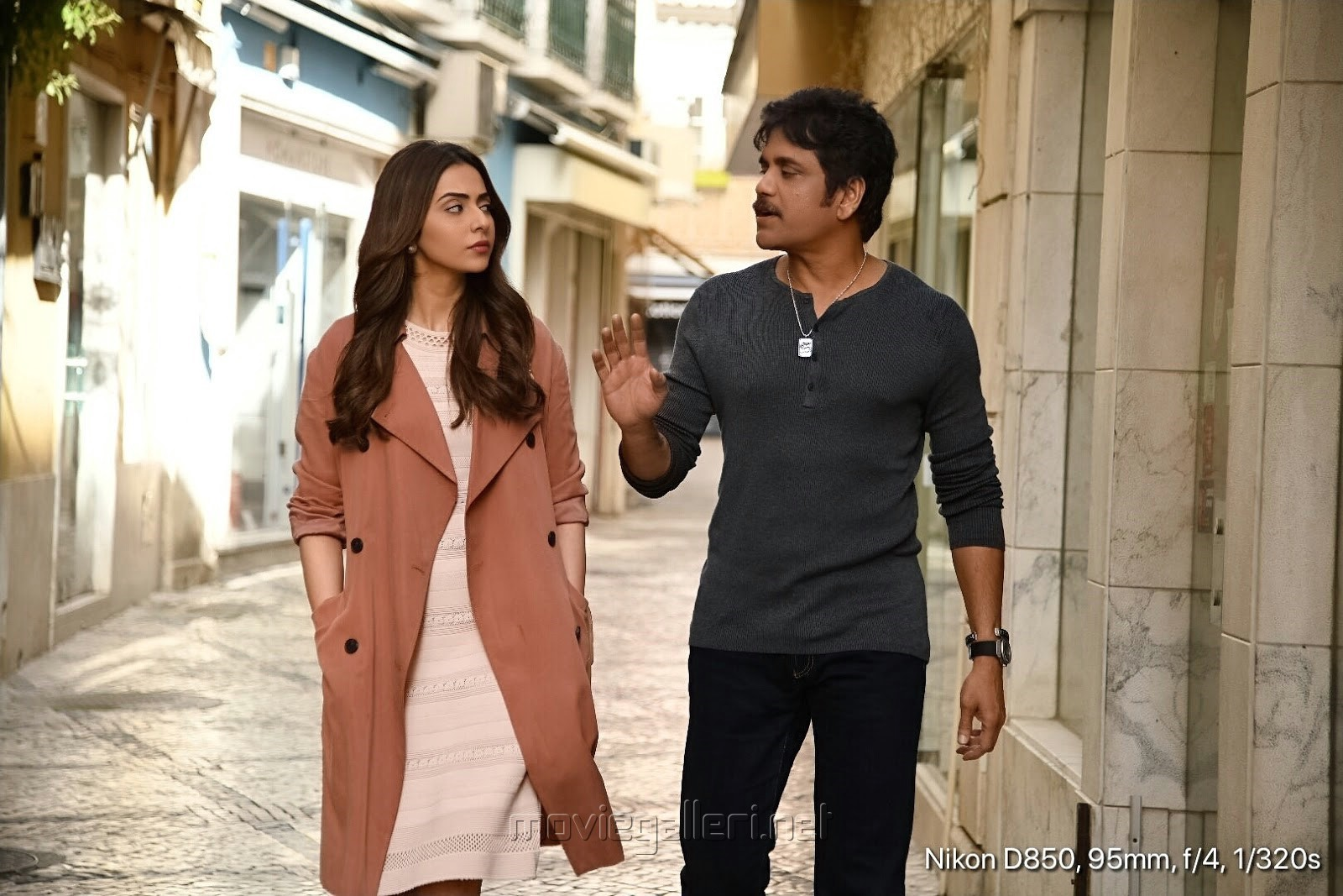 Rakul Preet Singh, Nagarjuna in Manmadhudu 2 Movie Stills HD