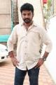 Actor Vimal @ Mannar Vagaiyara On the Sets Press Meet Photos