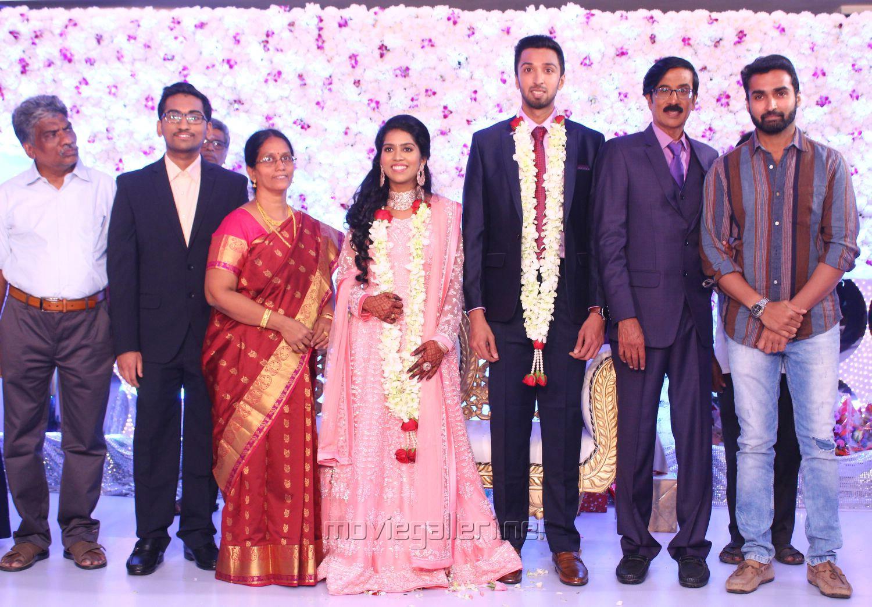 Nandha @ Manobala Son Harish Priya Wedding Reception Stills