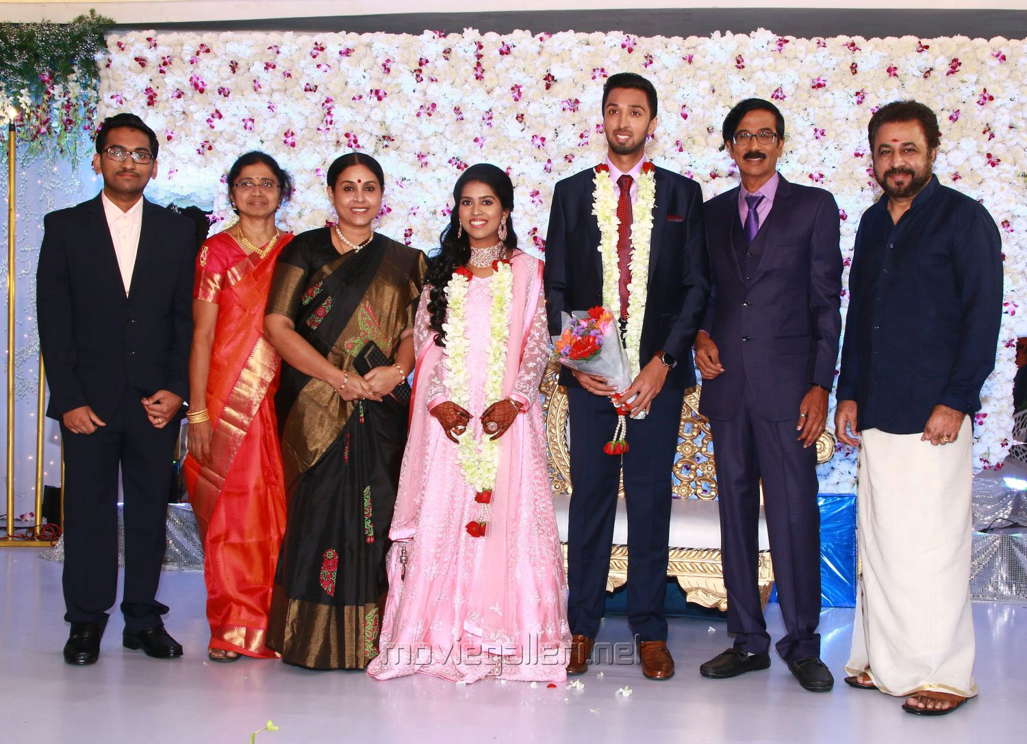 Saranya, Ponvannan @ Manobala Son Harish Priya Wedding Reception Stills