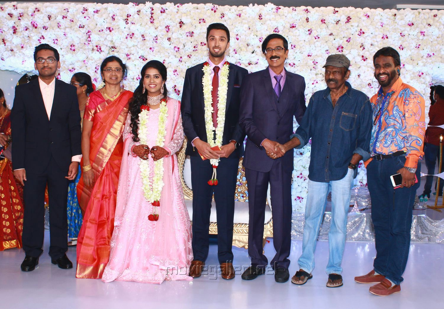 Comedy King Goundamani @ Manobala Son Harish Priya Wedding Reception Stills