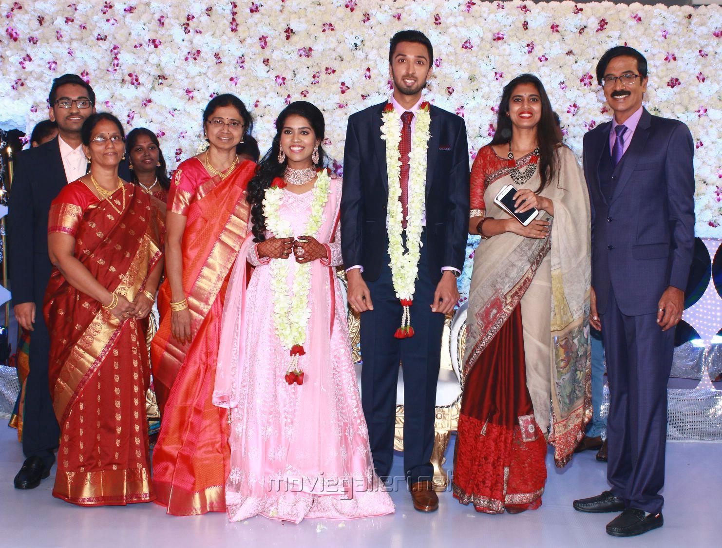 Actress Kasthuri @ Manobala Son Harish Priya Wedding Reception Stills