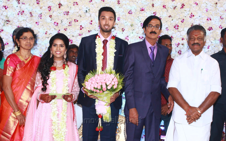 Tamilnadu Deputy CM O Panneerselvam @ Manobala Son Harish Priya Wedding Reception Stills