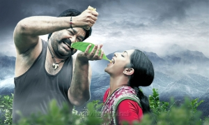 Mohanlal, Kamalinee Mukherjee in Manyam Puli Movie New Photos