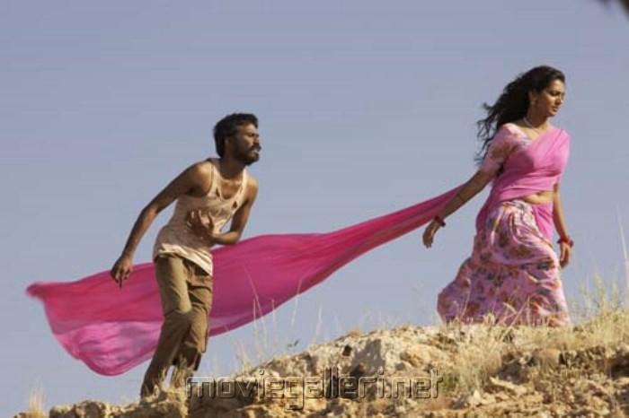 parvathi menon and dhanush - photo #20