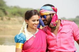 Sri Divya, Vishal in Marudhu Movie Photos