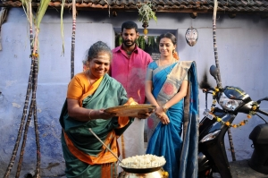 Kulappulli Leela, Vishal, Sri Divya in Maruthu Movie Photos