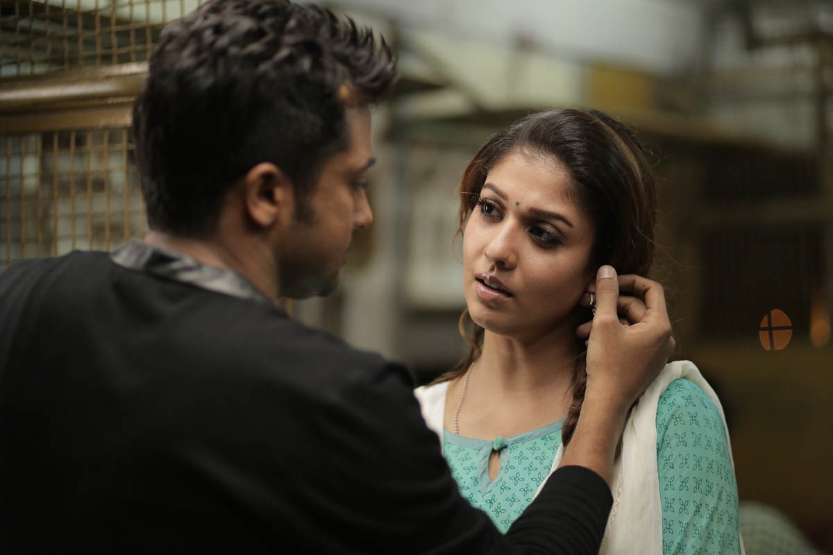 Suriya, Nayanthara in Massu Engira Masilamani Movie Stills