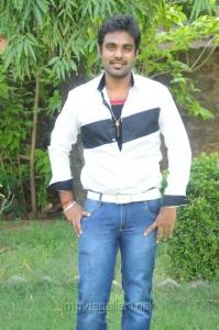 Villain Karthiik at Mathil Mel Poonai Press Meet Stills