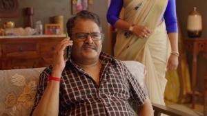 Actor KS Ravikumar in Mathil Movie HD Stills