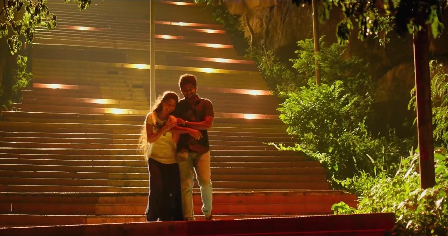 Sai Pallavi, Nani in MCA Middle Class Abbayi Movie Pics