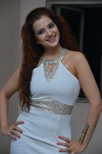 Actress Saloni Aswani @ Meelo Evaru Koteeswarudu Audio Launch Stills