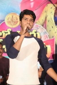 Allari Naresh @ Meelo Evaru Koteeswarudu Audio Launch Stills