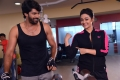 Naveen Chandra, Shruti Sodhi in Meelo Evaru Koteeswarudu Movie New Photos