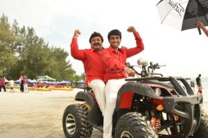 Prabhu, Kalidas Jayaram in Meen Kuzhambum Man Paanaiyum Movie Stills