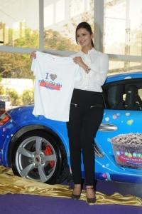 Meenakshi Dikshit launches Mini Melts Ice Cream @ Hyderabad Photos