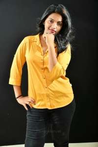 Tamil Actress Meenakshi Photoshoot Pics HD