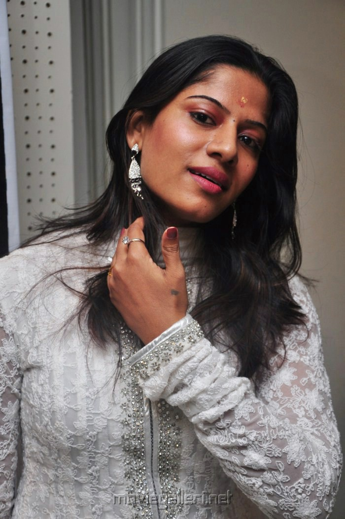 Meenal Picture 51535 Meenal Latest Photos New Movie Posters