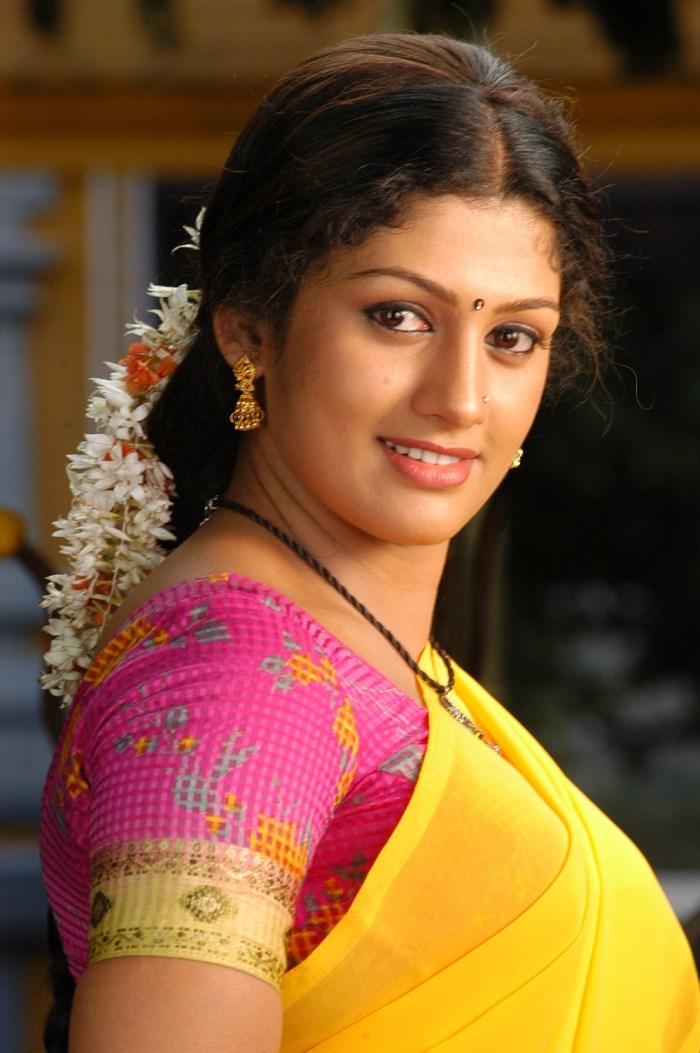 Tamil Movies - Movie News, Movie Reviews, Music Reviews