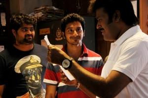 Arjunan, Walter Phillips, Manoj K. Jayan in Meendum Oru Kadhal Kadhai Movie Stills