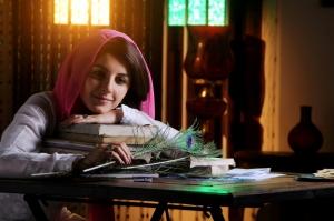 Actress Isha Talwar in Meendum Oru Kadhal Kadhai Movie Stills
